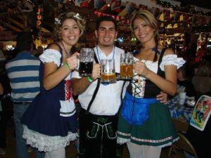big-bear-bar-maids