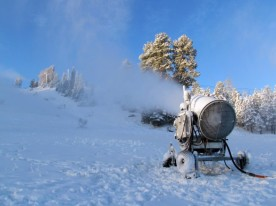 snowmaking-588x440